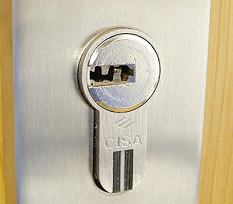 Abertura de fechaduras Cisa