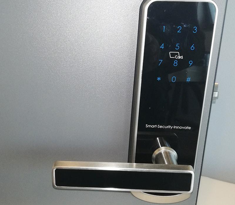 Fechaduras eletrónicas e biométricas