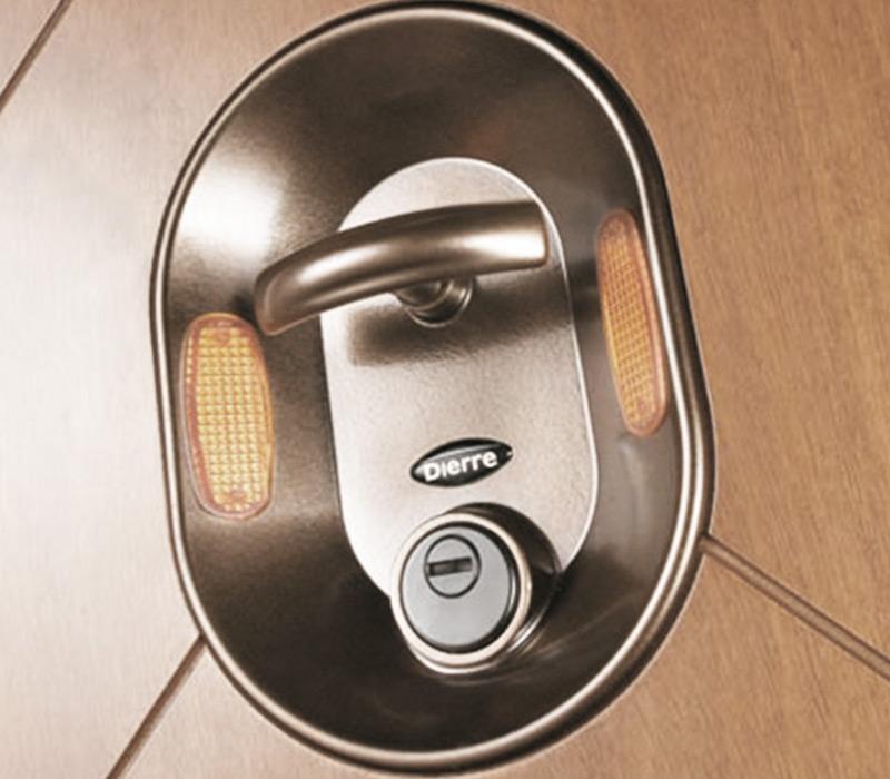 Venda, instalação e reparação de portas blindadas Dierre Amadora